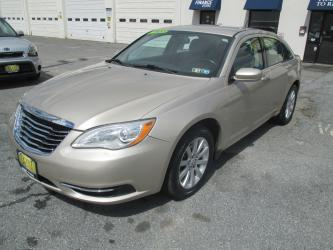 2013 Chrysler 200 SEDAN 4-DR